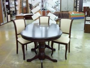 Стол и стулья модели ДМ-Т6ЕХ2