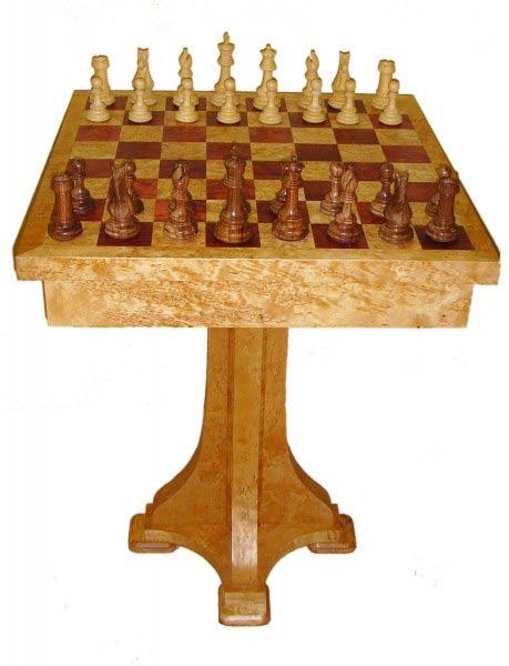 шахматный столик из карельской березы
