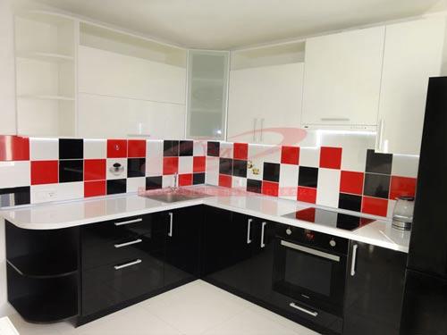 Пример дизайна кухни под заказ от ООО «Мебельное предприятие ВиГ» г. Бобруйск