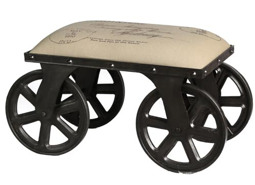 Пуф Бель-Жардиньер - пример дизайнерской мебели